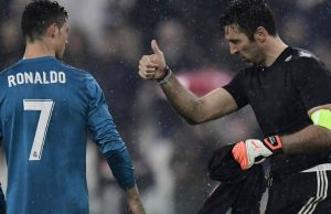 Buffon lourdement suspendu