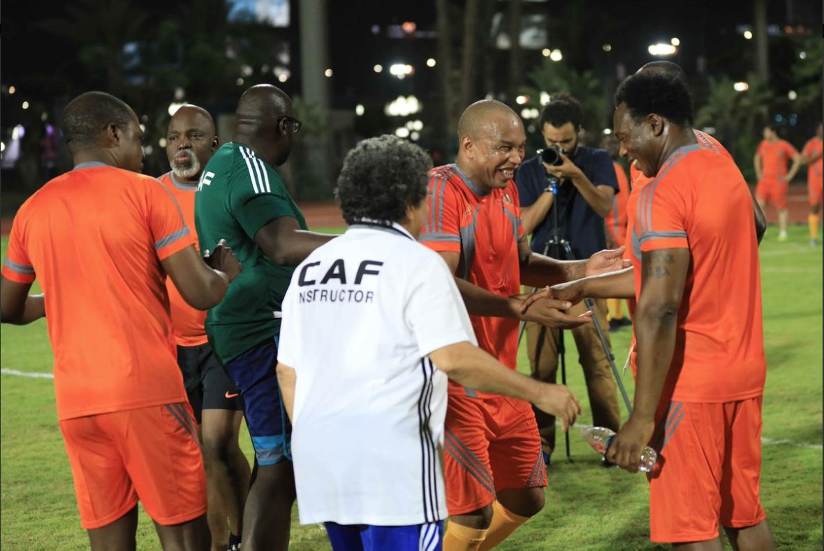 (09 Photos) Les légendes de la Caf ont remis les crampons pour un match de gala au Caire