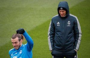 Real Madrid Zinedine Zidane Met Gareth Bale A La Porte Foot Mercato