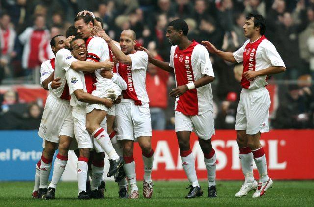 From L Edgar Davids Wesley Sneijder 1565710140