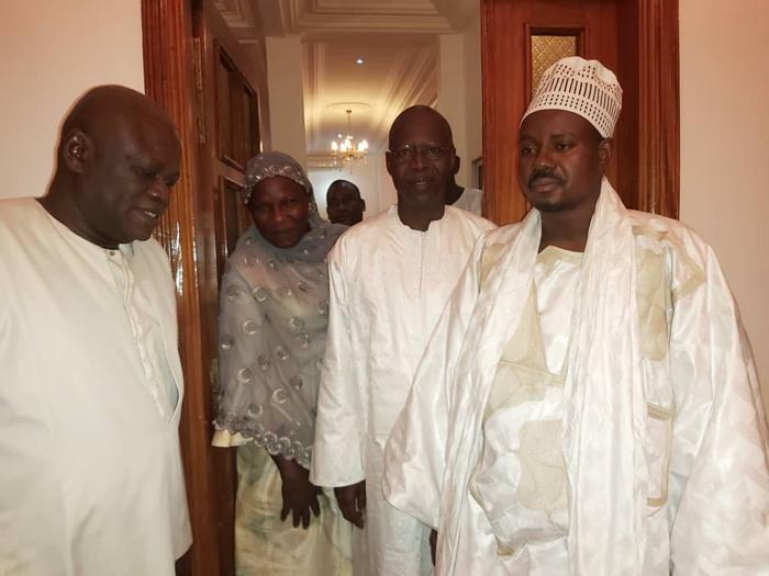 (05 Photos) Mouhamed Boun Abdallah Dionne en visite chez Serigne Bassirou Mbacké Abdou Khadre
