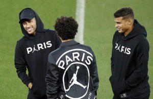 Psg Neymar Et Thiago Silva Font Une Bonne Surprise A Paris Icon Pa 38593274,240863