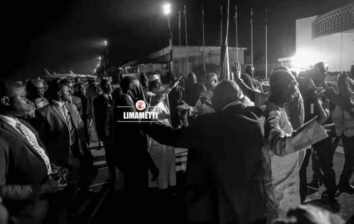 Arrivée De Macky Sall À Ouagadougou Sommet Cedeao 3