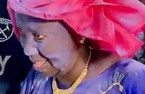 Video La Mere De Cheikhou Kouyate Humiliee Par Mouna Seck
