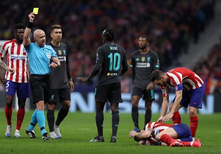 Klopp a eu peur d'une expulsion de Sadio Mané — Liverpool