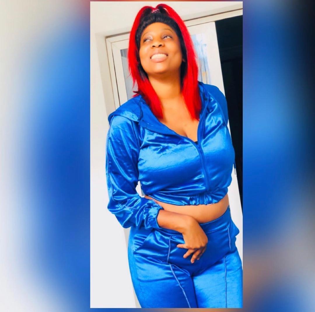 Photos: Marie Pierre Gueye dans une tenue qui laisse apparaître tout