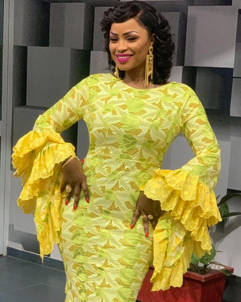 Photos - Come Back, La chanteuse Mbathio Ndiaye dans toute sa splendeur!