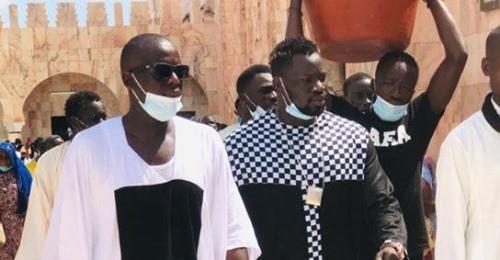 Photos – Reug Reug et Ngaka Blindé chez Serigne Abdou Karim Mbacké