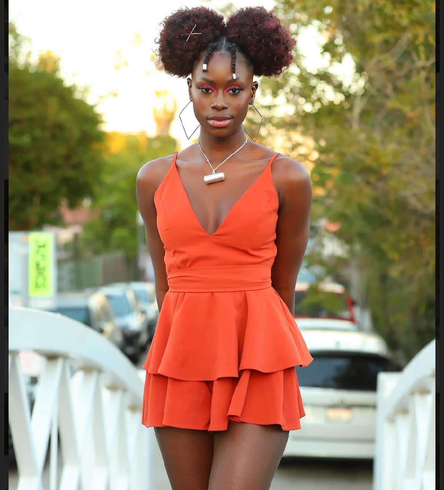 (06 Photos) - Diarra Sylla dans une robe très s£xy redessine les rues de Californie