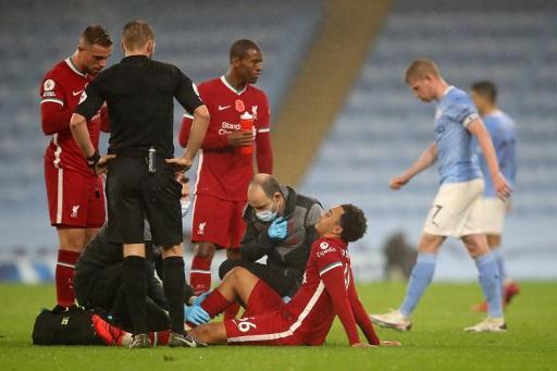 Liverpool : Alexander-Arnold va être absent un mois