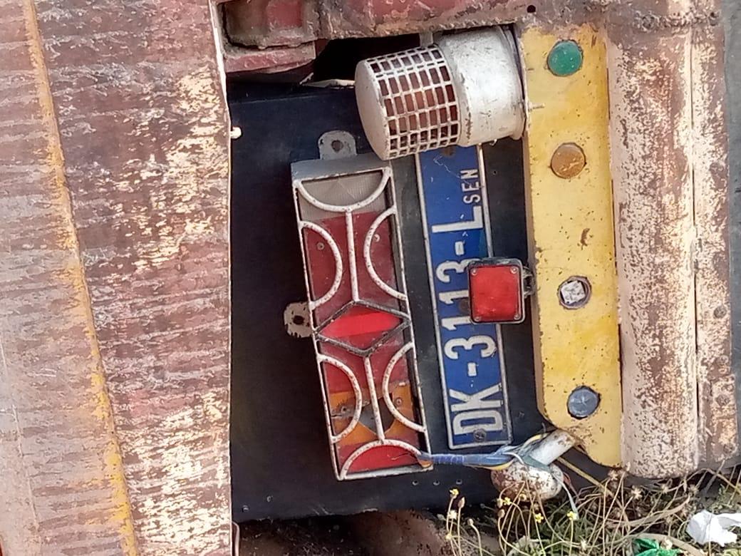 Echangeur Foire : Un camion dérape, percute un motocycliste et se renverse