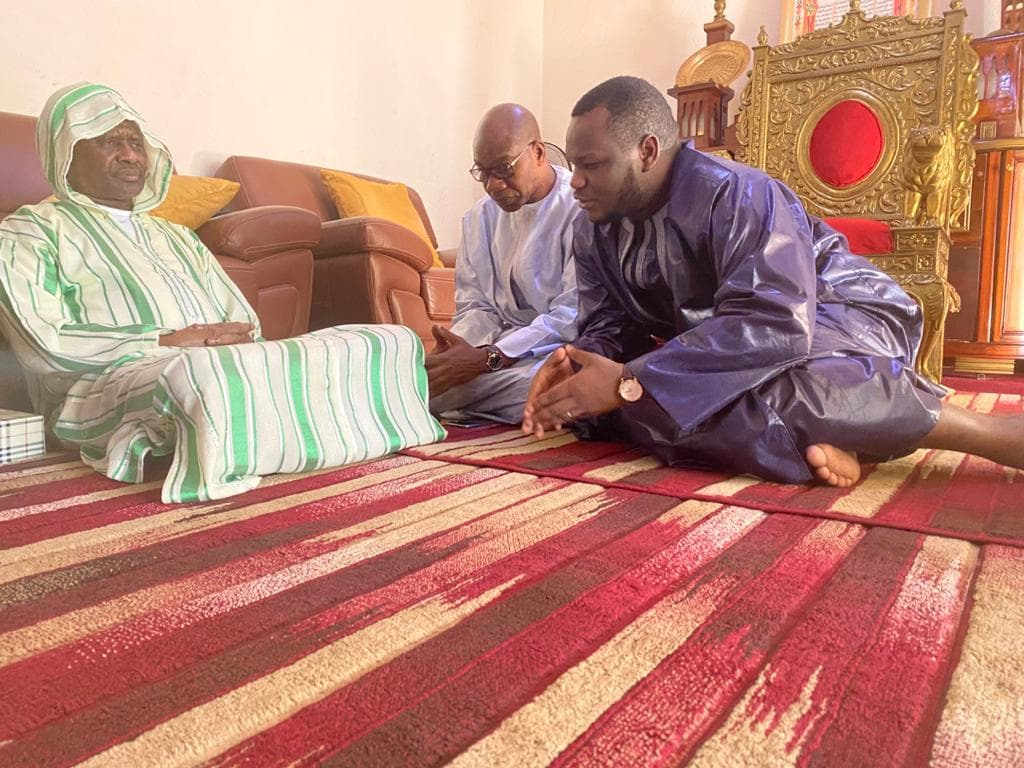 (05 photos) La famille de feu Cheikh Béthio chez Kara