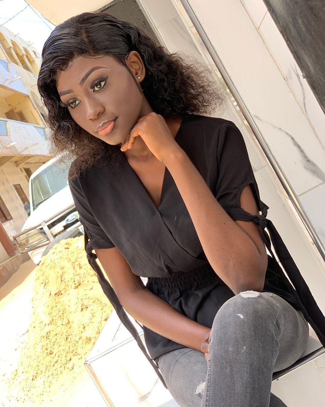 Photos: Dieyla étale toute sa classe et sa beauté