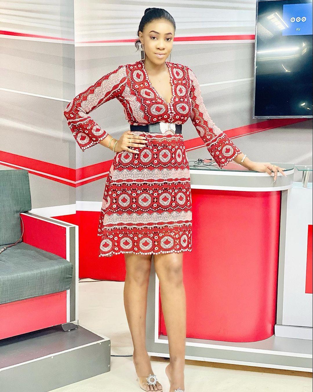 Photos - Mariam Diallo de la Sen TV affiche sa grande forme