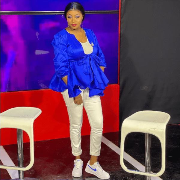 (Photos) Bijou Ndiaye éblouit la toile dans un bleu très stylé