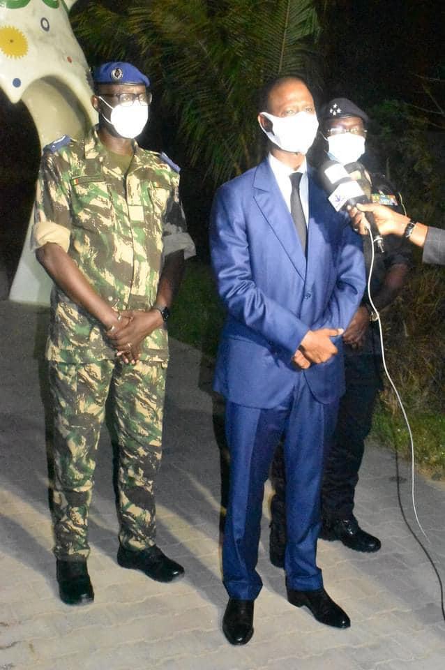 (Photos) Le ministre de l'intérieur aux chevet des blessés, civils comme militaires...