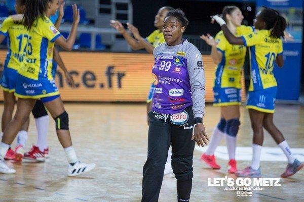 Handball : Hatadou Sako, la Lionne de la Téranga de Metz met fin à sa carrière internationale