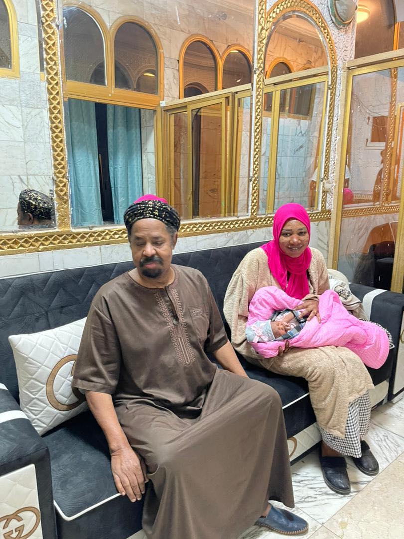 (10 photos) : Ahmed K. Niass baptise sa fille du nom de sa défunte épouse, Khady Sarr