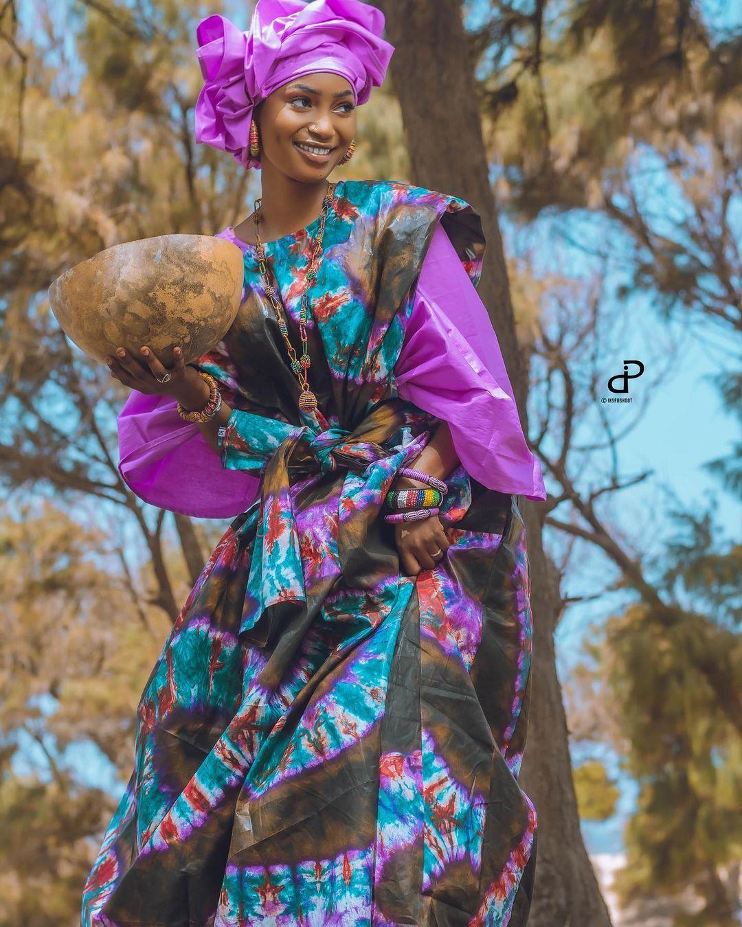 05 Photos : l'actrice Fah Aïdara rayonnante en grand boubou