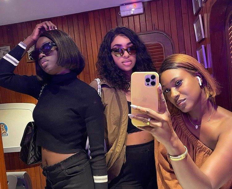 Série Karma : Ndeye Marie, Amy Léa et Natalie en mode très sexy et provocatrices (photos)