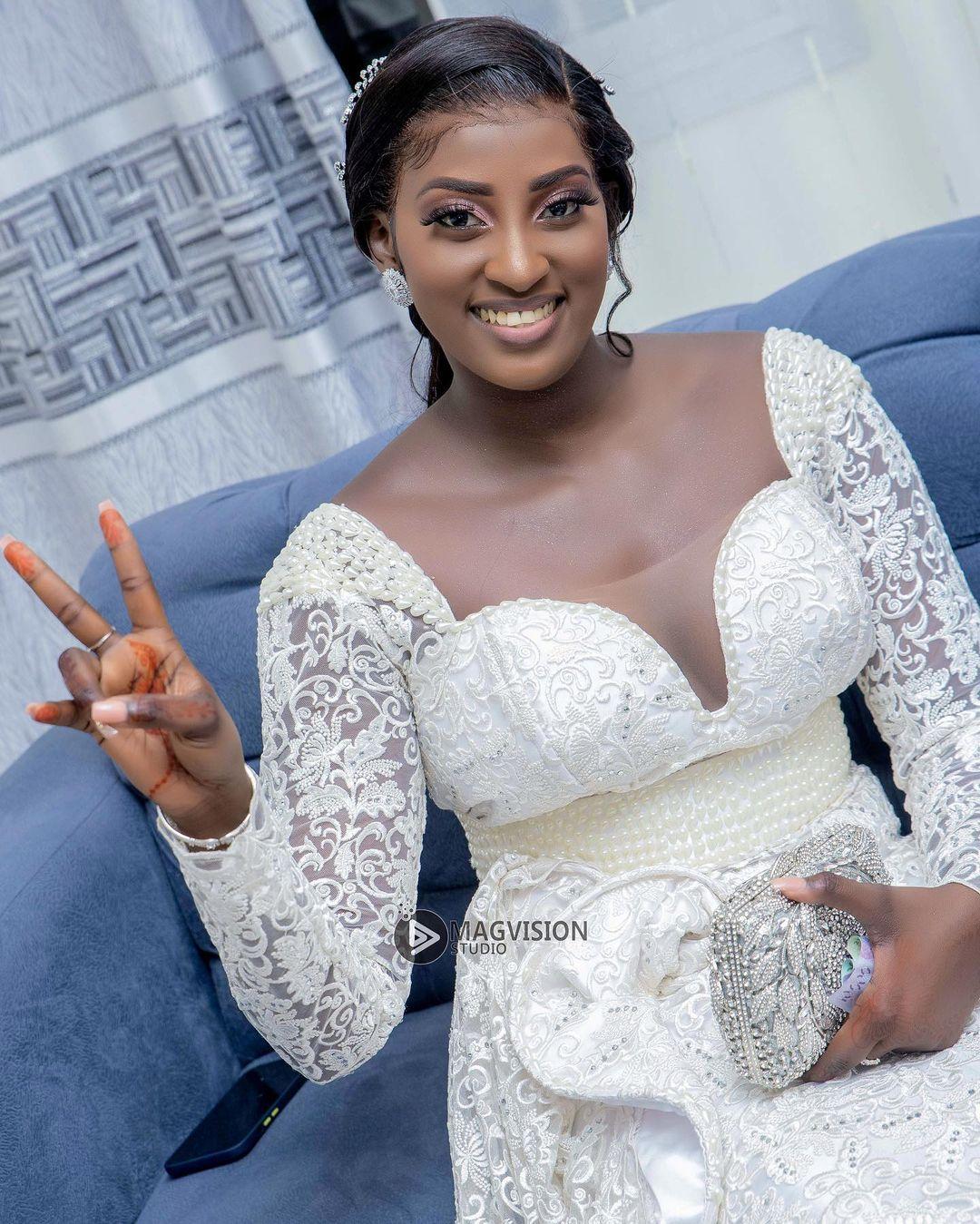 (11 Photos) les images du Mariage de la vidéo-girl et actrice Ina